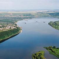Einheimischer Fluss Kama